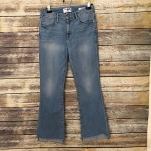Frame LeCrop Mini Boot Jeans  Size 28